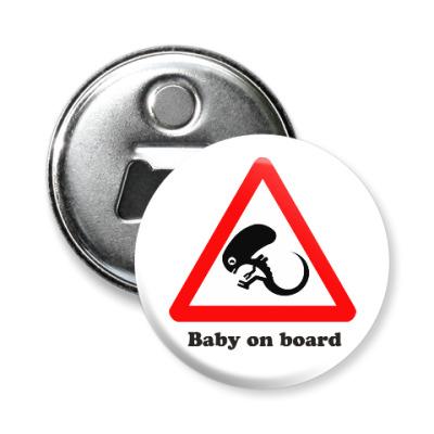 Магнит-открывашка Ребенок на борту