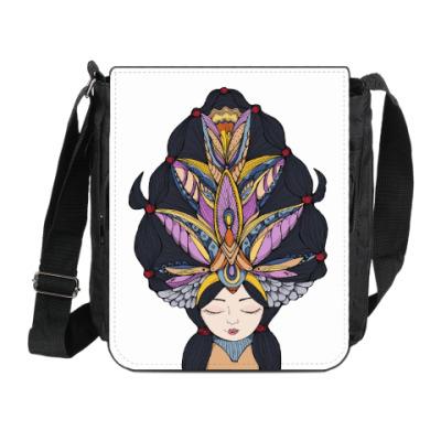 Сумка на плечо (мини-планшет) Девушка с темными волосами и массивным украшением