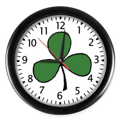 Настенные часы Клевер