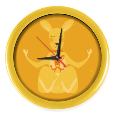 Настенные часы Animal Zen: K is for Kangaroo