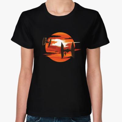Женская футболка TIE Fighter