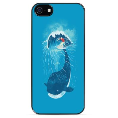Чехол для iPhone Синий кит и серфер