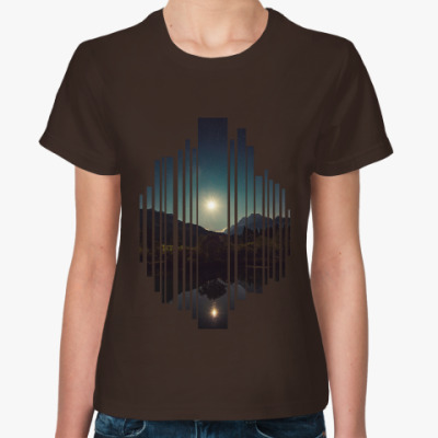 Женская футболка Озеро