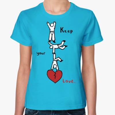 Женская футболка Береги любовь