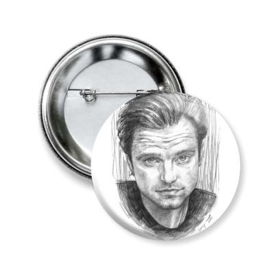 Значок 50мм Sebastian Stan