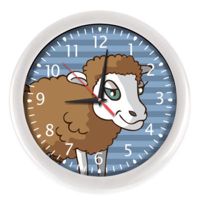 Настенные часы стилизованная овечка в круге
