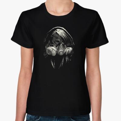 Женская футболка Девушка в маске