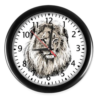 Настенные часы Лев