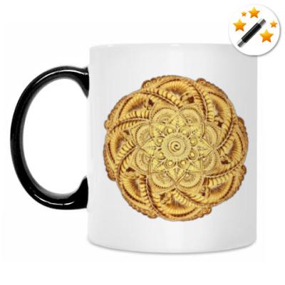 Кружка-хамелеон Золотой цветок - мандала