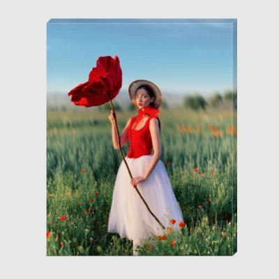 Холст Thumbelina with poppy